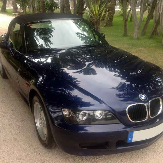 Fotos finales BMW Z3 después de realizar un Detallado Completo.