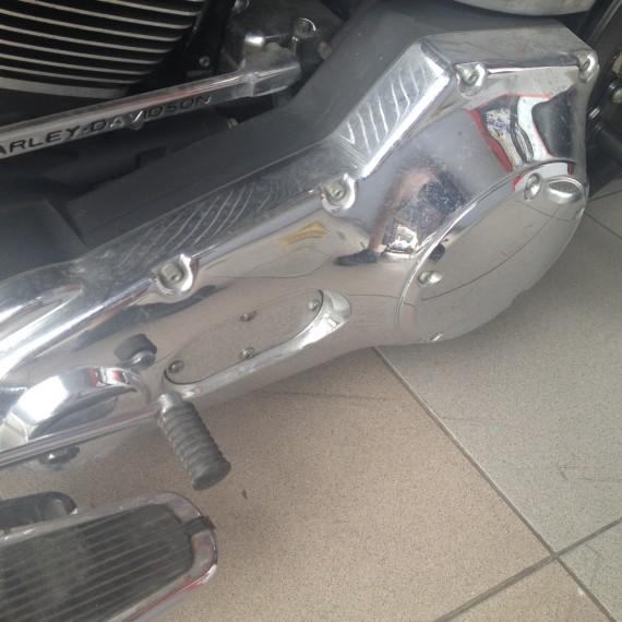 Estado inicial antes de una Limpieza Intensiva y Pulido de Cromados de esta Harley Davidson.