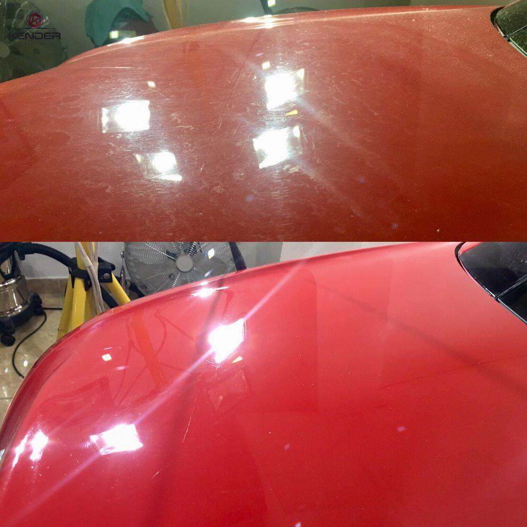Antes y después de un Proceso de pulido intensivo en la zona del maletero de un Mercedes SLK 200