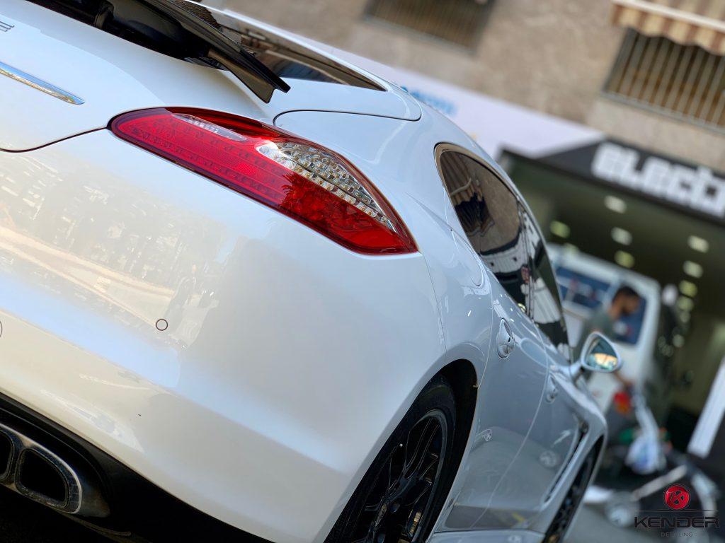 Detallado Completo Porsche Panamera Turbo